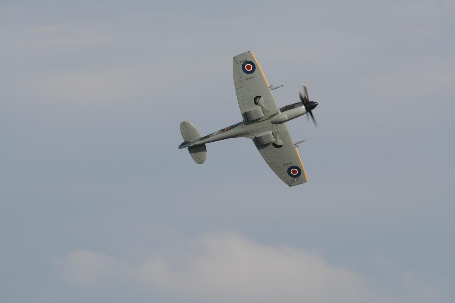 Duxford Summer Airshow 3rd September 2011 455